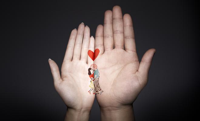 tiffany-hand-meets-hand01