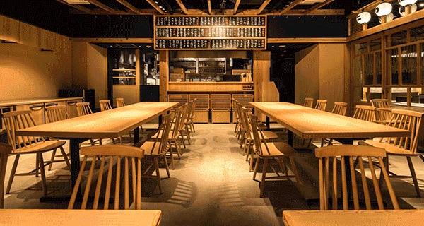 博多発うどん居酒屋「二○加屋長介」が東京・大手町にオープン。ランチタイムから営業