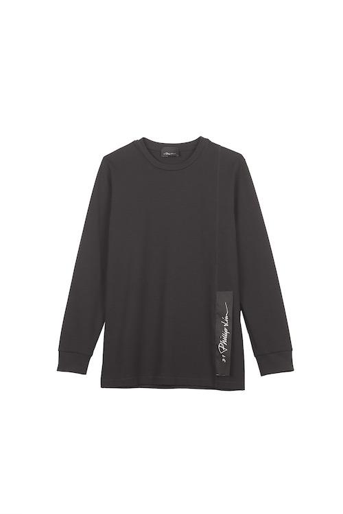 日本限定ロングスリーブTシャツ  22,000円