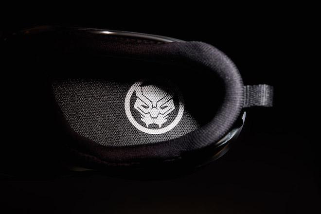 Marvel Black Panther 574S & 990v4
