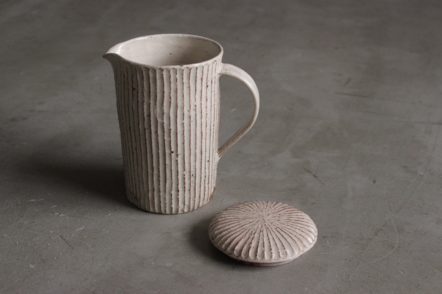 BLOOM-and-BRANCH-Shirts-Pottery-03.JPG