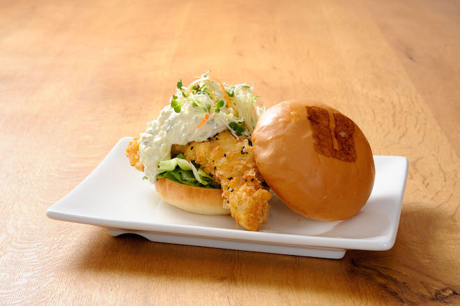 "LA発ハンバーガーレストラン「ウマミバーガー」が日本初上陸。""うま味""が逆輸入!? 青山に1号店オープン"