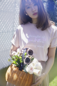 Roll up Sleeve T-shirt (Her lip to)  8,640円(税込)