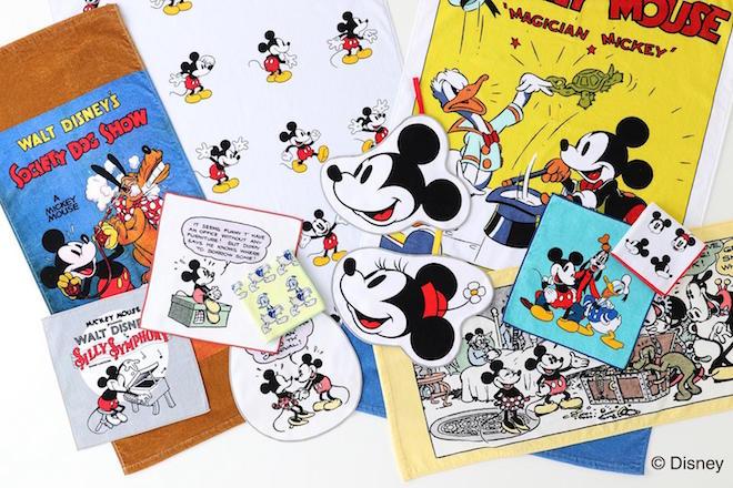 ウチノ タッチ: ミッキーマウスとその仲間たちをプリントしたタオル。