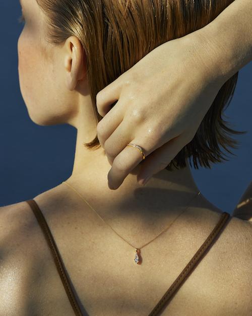 ネックレス ¥50,000+税  (K18YG/ダイヤモンド)※数量限定品 リング ¥50,000+税  (K18YG/ダイヤモンド)