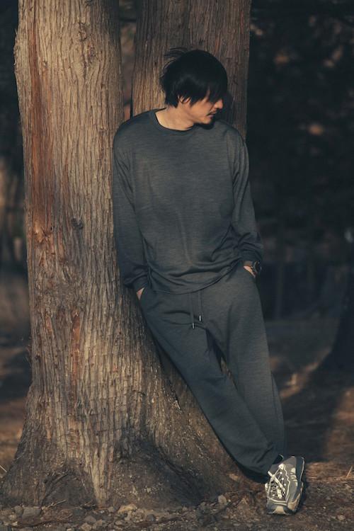 ・koti BEAUTY&YOUTH MERINO WOOL CUT&SEWN 15,400円 ・MERINO WOOL SWEAT PANTS 19,800円